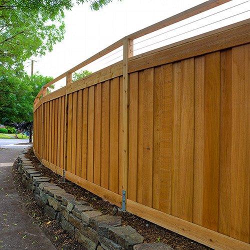 Fence shutterstock_1116842699 500x500